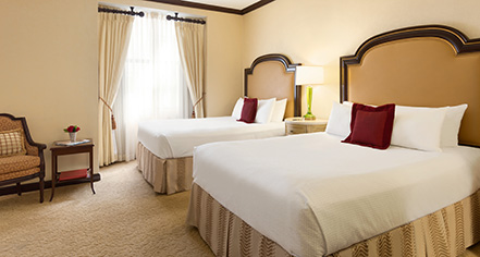 Accommodations:      HOTEL DU PONT  in Wilmington