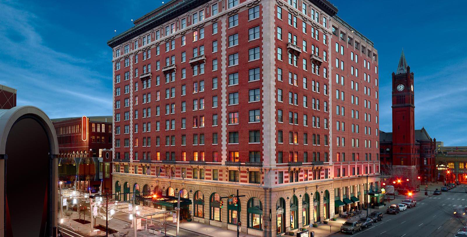 Image of Exterior at Night, Omni Severin Hotel, Indianapolis, Indiana, 1913, Member of Historic Hotels of America, Special Offers, Discounted Rates, Families, Romantic Escape, Honeymoons, Anniversaries, Reunions