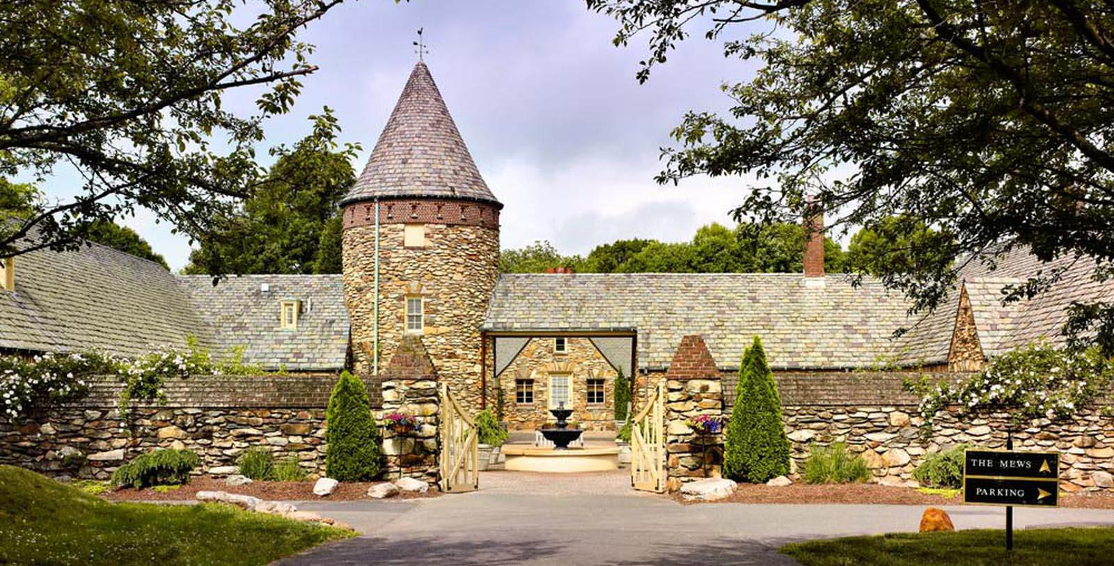 Image of Entrance The Graylyn Estate,1932, Member of Historic Hotels of America, in Winston-Salem, North Carolina, Overview