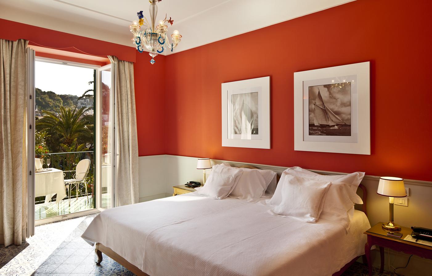 Ischia island accommodations l 39 albergo della regina for L hotel della cabina islanda
