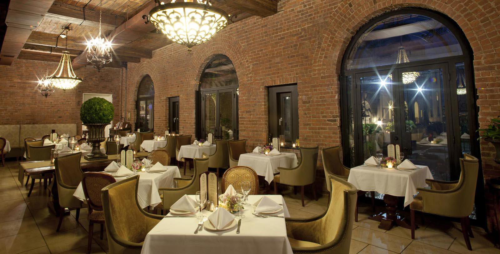 Image of OHK Bar & Restaurant, OHEKA CASTLE, Huntington, New York, 1919, Member of Historic Hotels of America, Taste