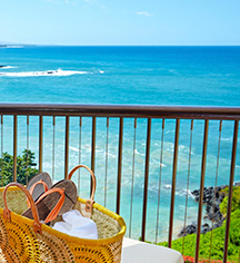 Accommodations:      Mauna Kea Beach Hotel  in Kohala Coast