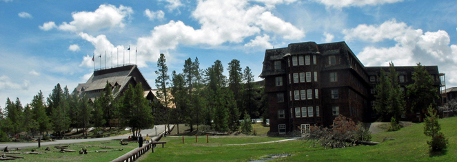 Old Faithful Inn  in Yellowstone National Park