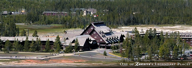 Old Faithful Inn  in Yellowstone National Park