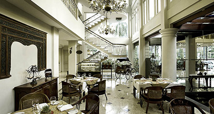 Dining at      The Phoenix Hotel Yogyakarta - MGallery by Sofitel  in Yogyakarta