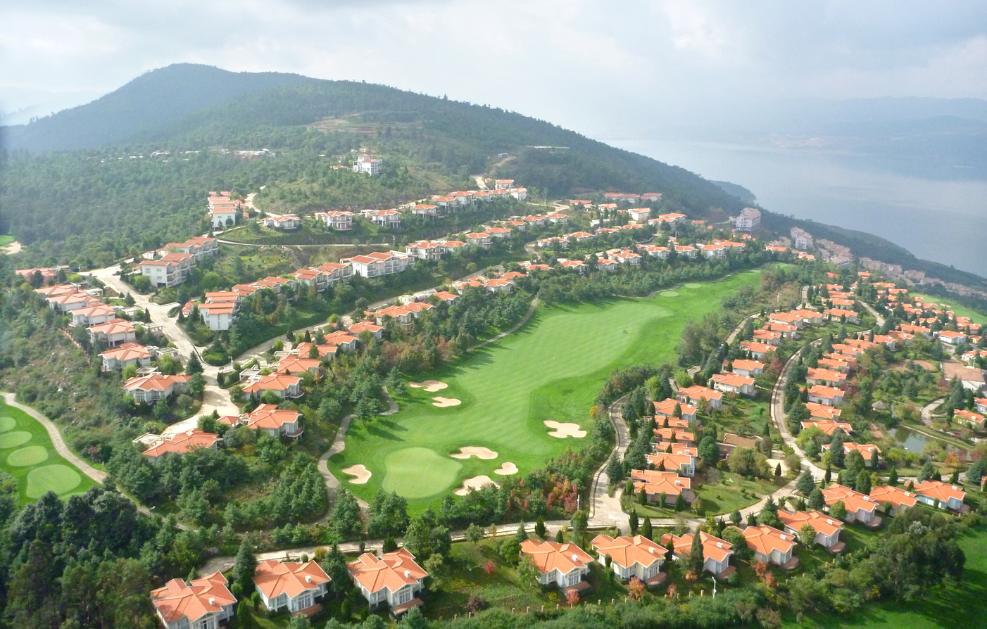 Spring City Golf & Lake Resort  in Kunming