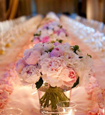 Weddings:      The Hollywood Roosevelt  in Los Angeles