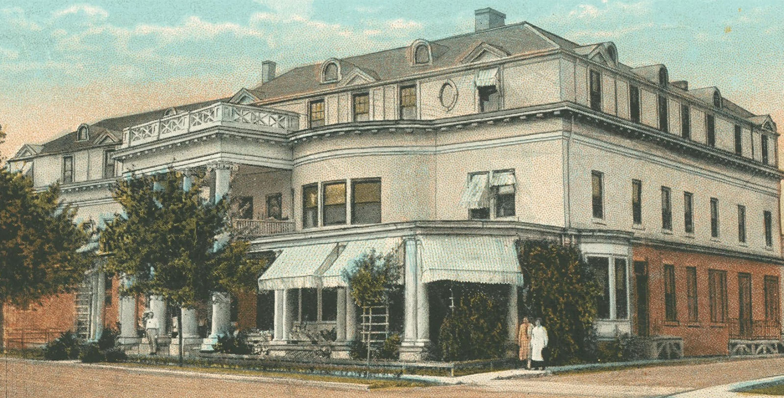 Image of Historic Hotel Exterior at Boone Tavern Hotel of Berea College, 1909, Member of Historic Hotels of America, in Berea, Kentucky, History