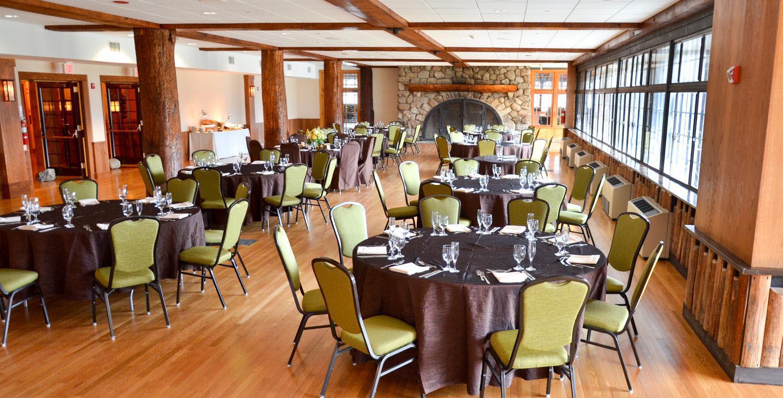 Image of Dining Room in Blue Roof Bar Restaurant at Bear Mountain Inn, 1915, Member of Historic Hotels of America, in Bear Mountain, New York, Taste