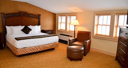 Accommodations:      Bear Mountain Inn  in Bear Mountain