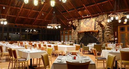 Dining at      Bear Mountain Inn  in Bear Mountain