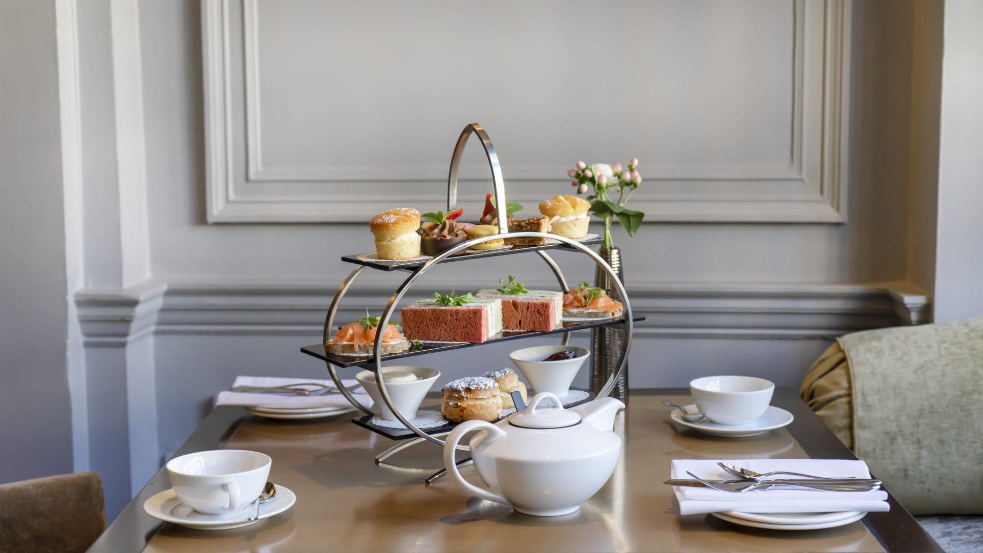Image of Afternoon Tea, Castle Hotel Windsor England United Kingdom, Dining