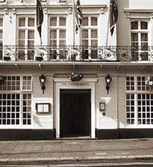 History:      Castle Hotel Windsor  in London