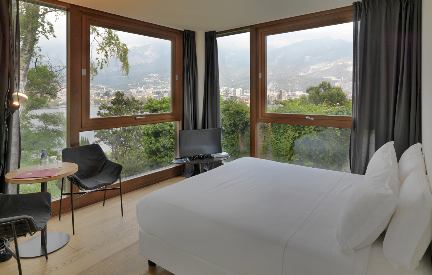 Accommodations:      Casa sull'Albero  in Lake Como Malgrate