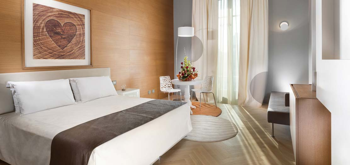 Accommodations:      TownHouse Duomo  in Milan