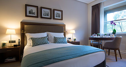 Accommodations:      Tivoli Lisboa  in Lisbon