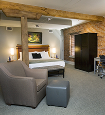 Accommodations:      Lancaster Arts Hotel  in Lancaster