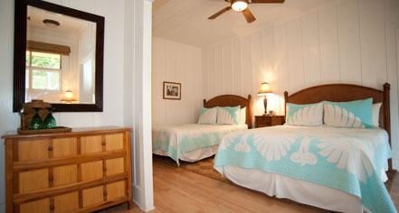 Accommodations:      Hotel Lana'i  in Lana'i City