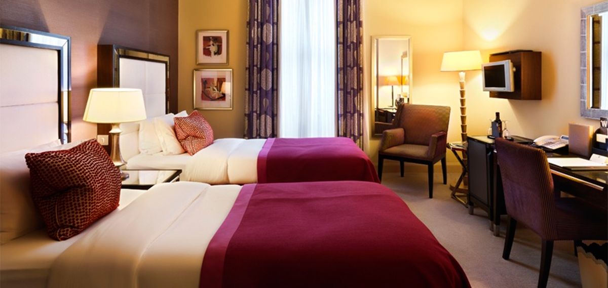 Special Offers:      The Mandeville Hotel  in London