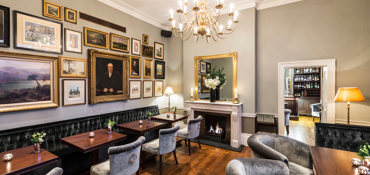Dining:      Roseate House  in London
