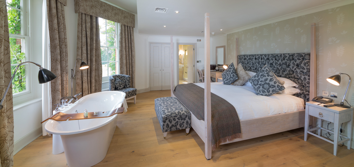 Accommodations:      Stoke Place  in Stoke Poges