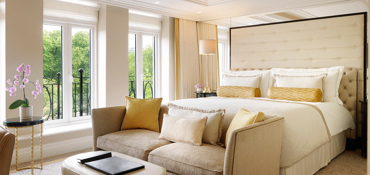 Accommodations:      The Wellesley  in London