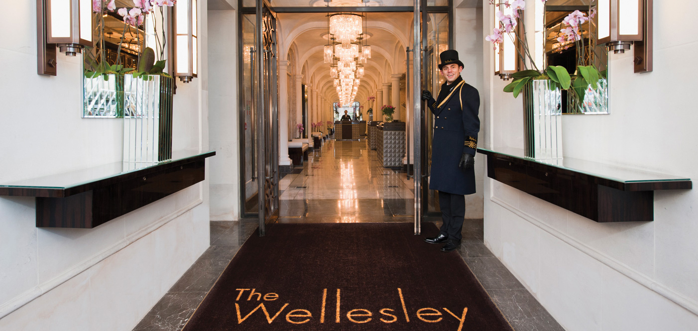 Customer Reviews:      The Wellesley  in London