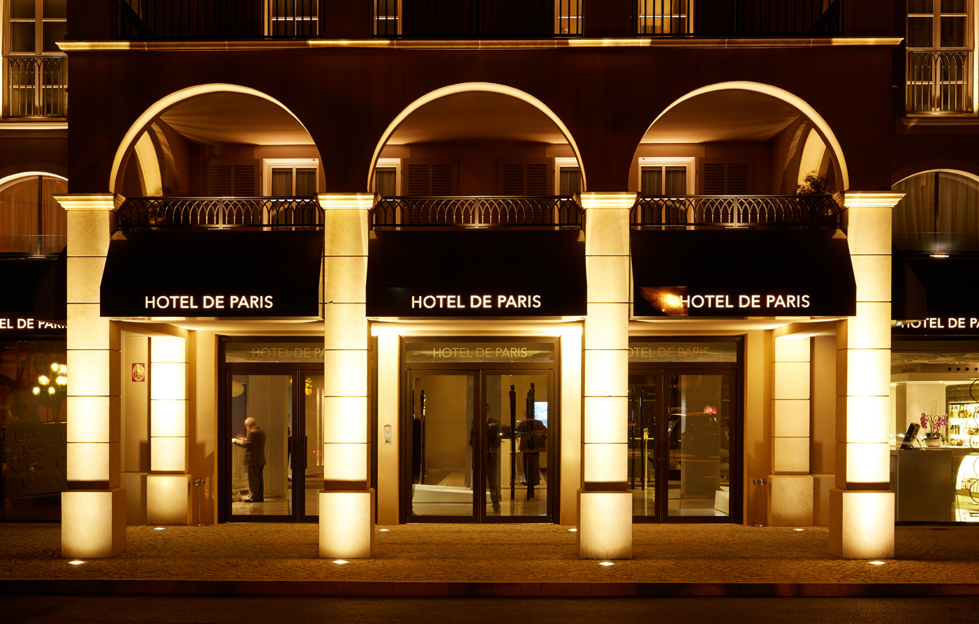 Special Offers:      Hotel de Paris Saint-Tropez  in Saint-Tropez