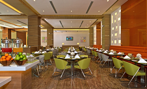 Fortune Select Grand, Chennai  - Dining