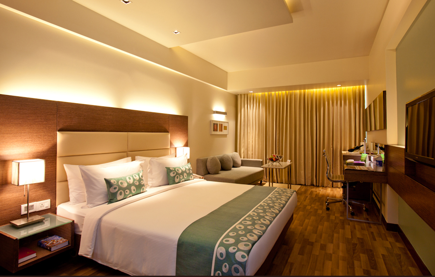 Accommodations:      The Raintree, Anna Salai  in Chennai