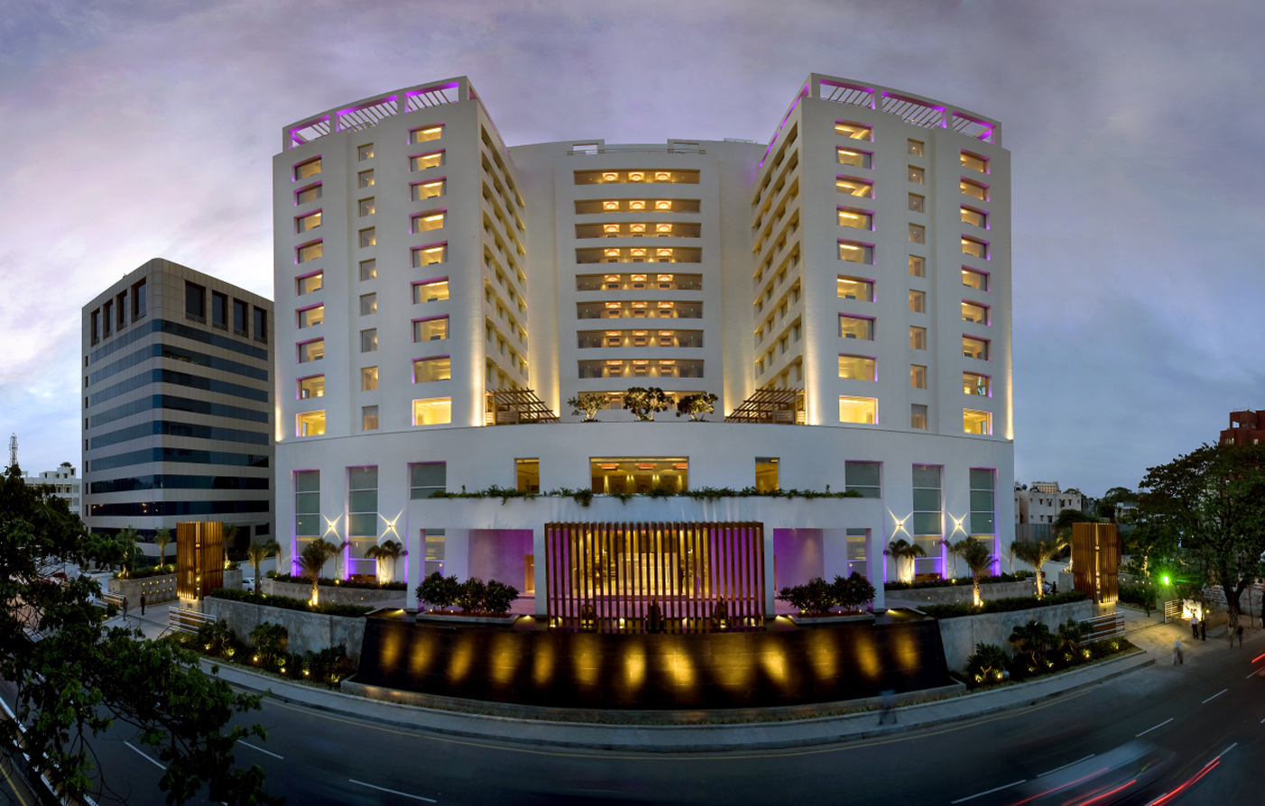 Luxury hotels in chennai raintree anna salai luxury for Top design hotels india