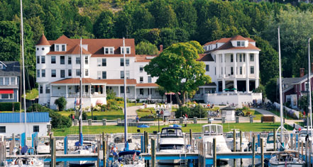 Activities:      Island House Hotel  in Mackinac Island