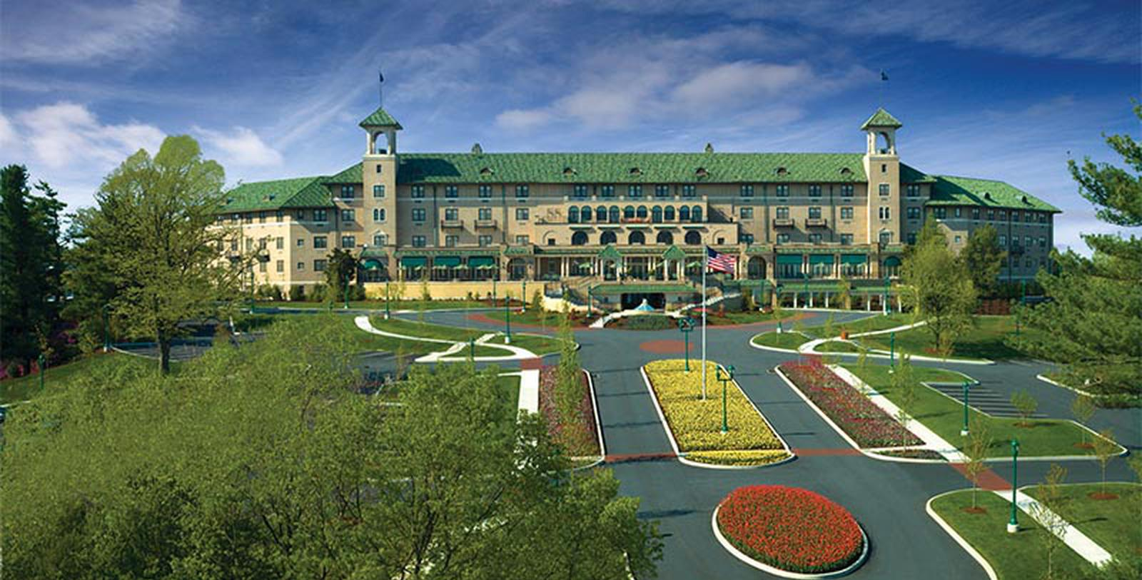 Image of Entrance The Hotel Hershey®, 1933, Member of Historic Hotels of America, in Hershey, Pennsylvania, Special Offers, Discounted Rates, Families, Romantic Escape, Honeymoons, Anniversaries, Reunions