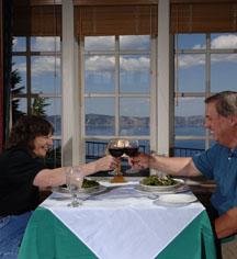 Hotel Bars Restaurants In White Lake Oregon Crater