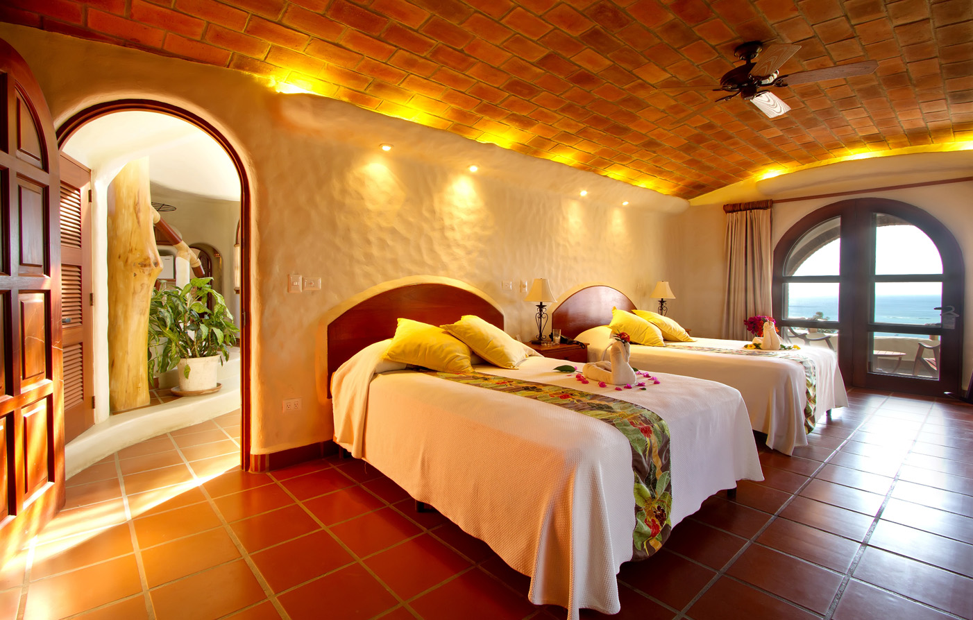 Special Offers:      Pelican Eyes Resort and Spa  in San Juan del Sur