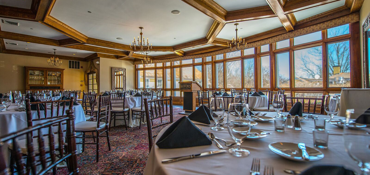 Dining:      The Grand at Bedford Village Inn  in Bedford/Manchester