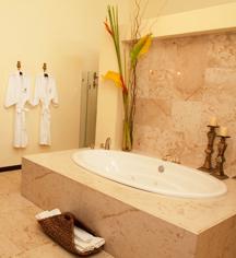Accommodations:      Casa Azul Hotel Monumento Historico  in Merida