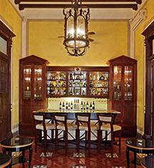 Dining at      Casa Lecanda  in Merida