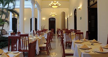Dining at      Gran Real Yucatan  in Merida
