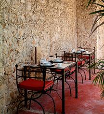 Dining at      Hotel Hacienda Merida  in Merida
