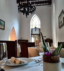 Dining at      Hacienda Misne  in Merida