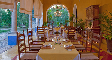 Dining at      Hacienda San Jose, A Luxury Collection Hotel  in Tixkokob