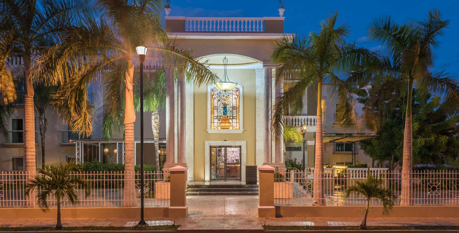 Image of Hotel Front Entrance at Wyndham Merida, 1912, Member of Historic Hotels Worldwide, in Merida, Yucatan, Mexico, Hot Deals