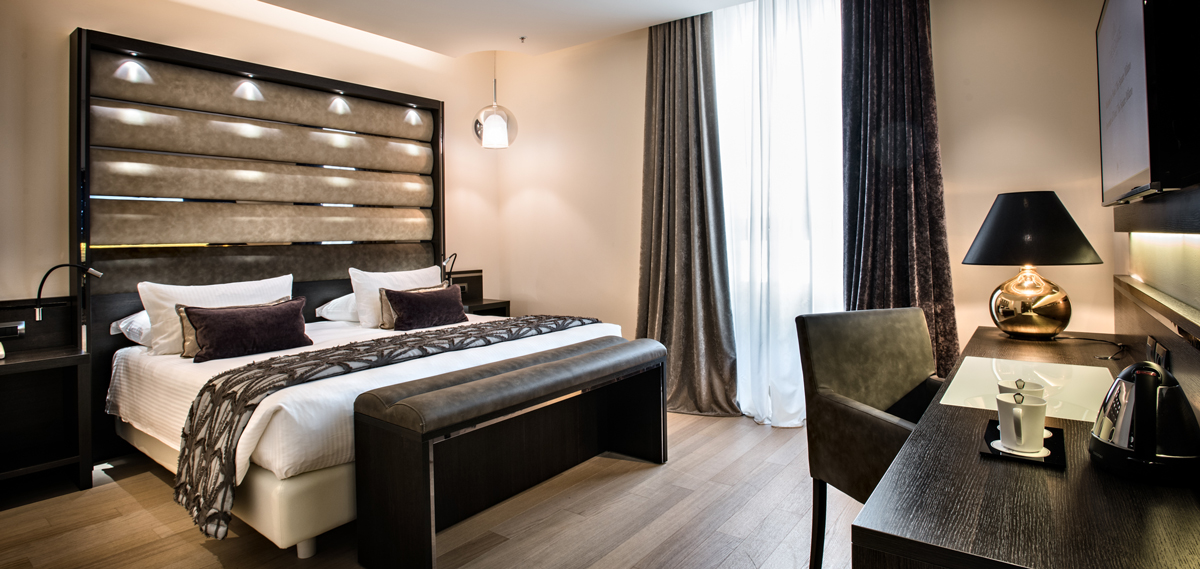 Accommodations:      The Square Milano Duomo  in Milan