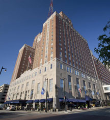 Weddings:      Hilton Milwaukee City Center  in Milwaukee