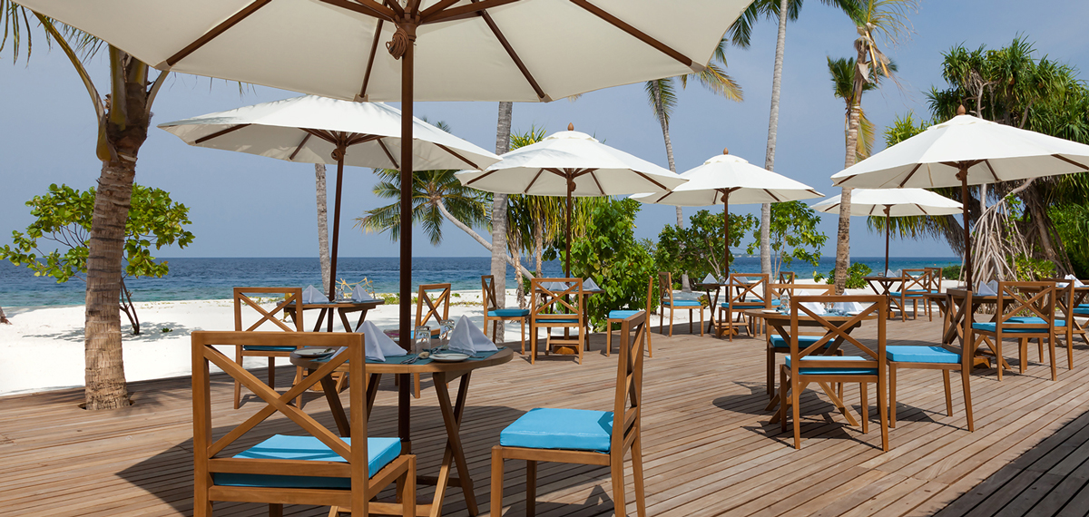 Dining:      Reethi Faru Resort  in Raa Atoll