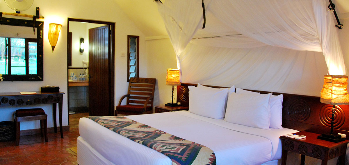 Accommodations:      Keekorok Lodge  in Masai Mara