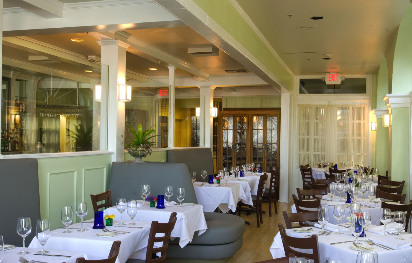 Dining:      Bienville House  in New Orleans