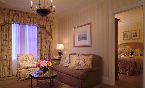Hotel Monteleone  - Accommodations