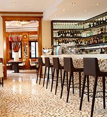 Dining at      Hotel Vier Jahreszeiten Kempinski Munich  in Munich